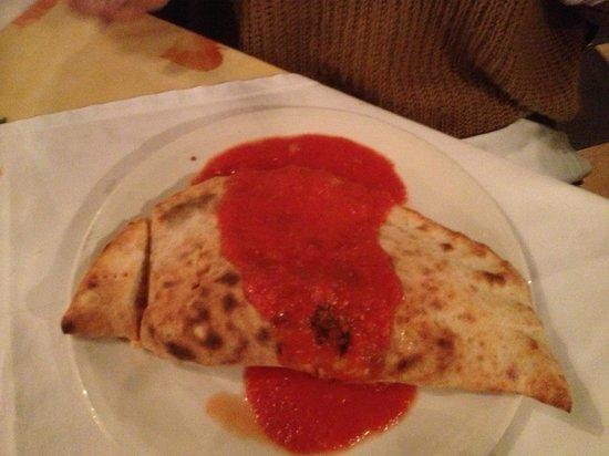 IBLEO Restaurant: Calzone
