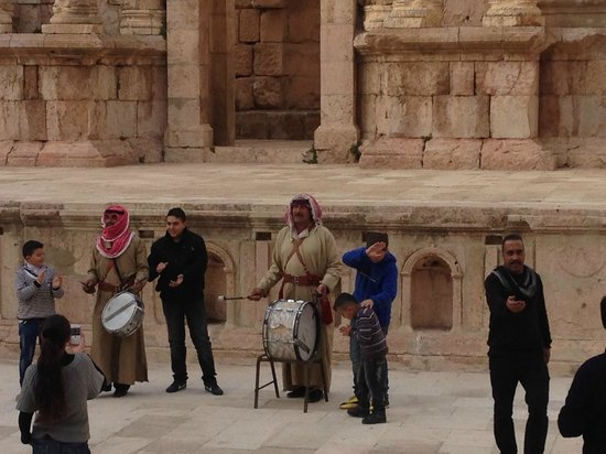 The Roman Army and Chariot Experience: Small music performance in Jerash