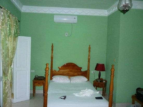 Hostal Casa di  Elio Ramos: la nostra camera !!