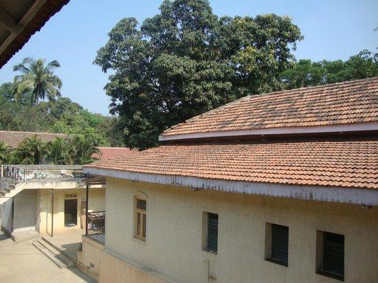 Girija Hotel: Hotel Property view
