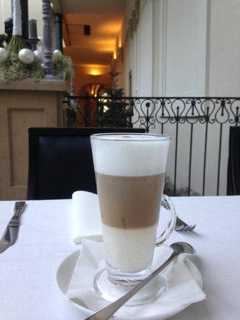 Hotel Pod Roza: Cafe Late