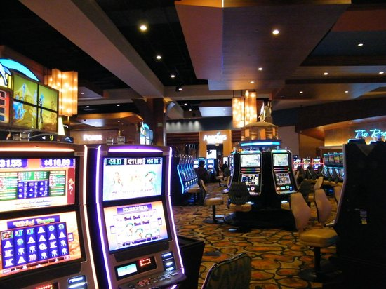 Roulette betting on 34 numbers
