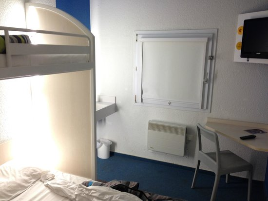 hotelF1 Mulhouse centre ouest: Room
