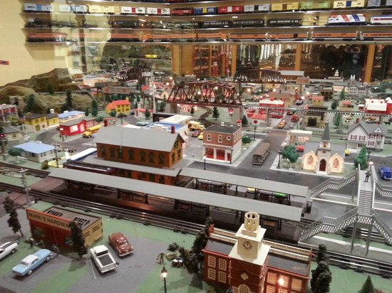 National Toy Train Museum: Train display