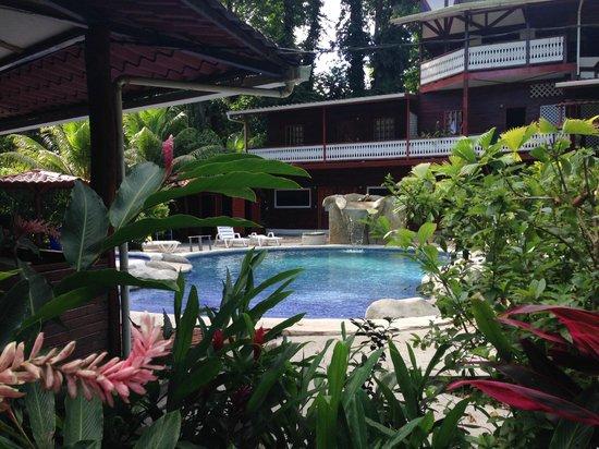 Agapi: The pool