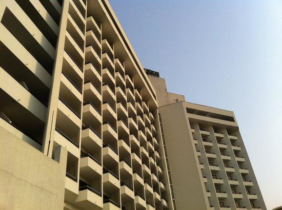 Eko Hotels & Suites: Facade