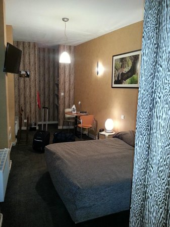 Hotel De Paris: Chambre et sa décoration