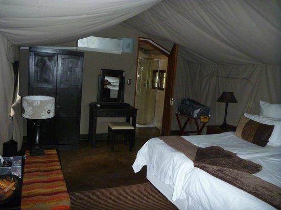 Sabie River Bush Lodge: Es gibt im Zelt sogar eine Klimaanlage.