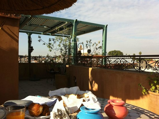 Jnane Mogador : Breakfast on the upper terrace