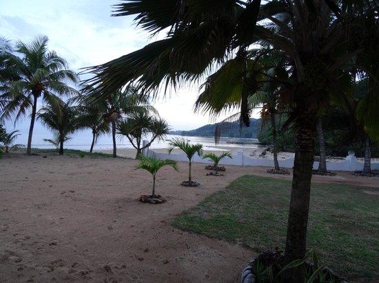 Jamelah Beach Guest House: plage