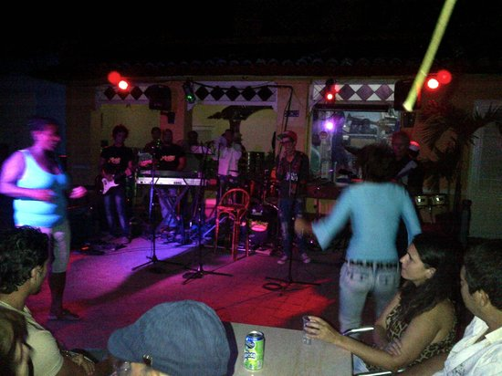 Hostal Rocaverde : Local Night Club