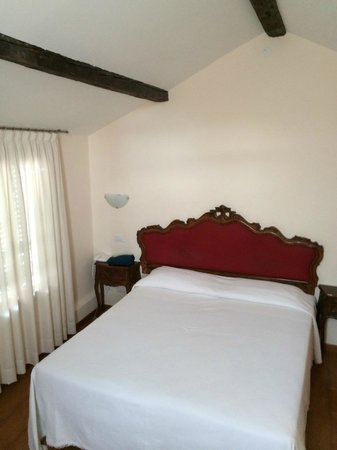 Hotel Canada Venezia: Attic room with A/C - 12B - double-bed