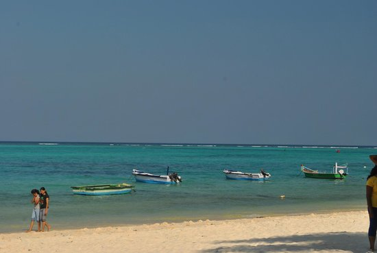 Kavaratti Island, India: View of the sandy beach