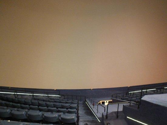 Omni-Theatre by Science Centre Singapore: Omni-Theatre and Planetarium