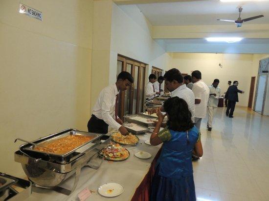 Fortune Pandiyan Hotel : Dinner in fine location