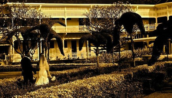 Centara Grand Beach Resort & Villas Hua Hin: Wedding at the Centara
