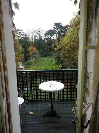 Belle Isle sur Risle : vue de la chambre depuis le balcon
