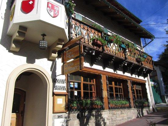 Hosteria La Casita: Puerta de entrada a Casita Suiza