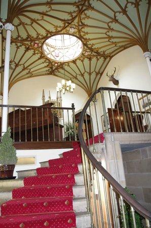Dalhousie Castle: entrance