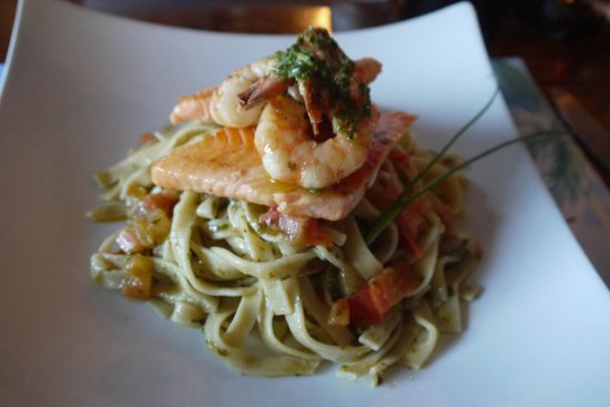 Au bout du Monde: Freshest pasta and fish ever