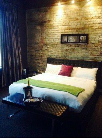 Hotel Metro: Room 407