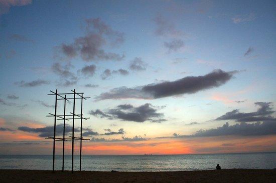 Narima Bungalow Resort : Beach area