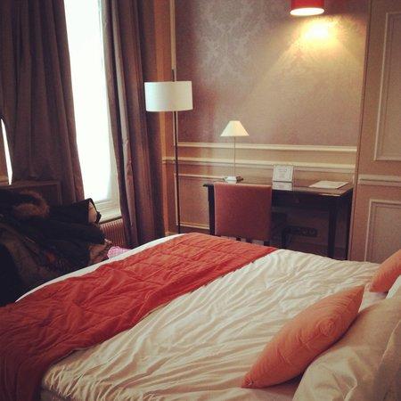 Hotel de l'Universite: La camera doppia