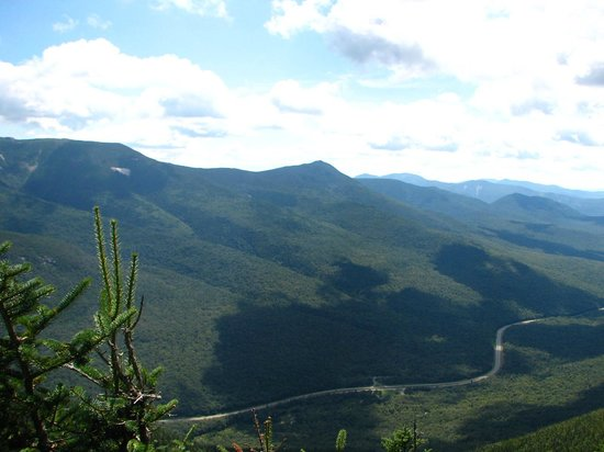 Franconia Notch : from Cannon mountain tower