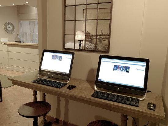 Hotel Sempione: free internet station