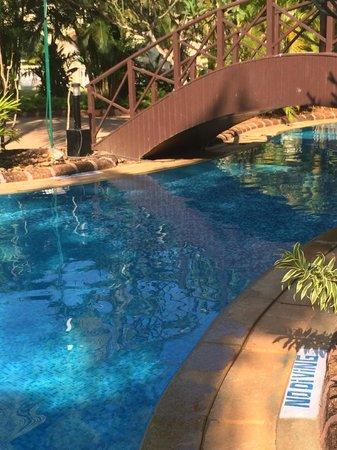 The Zuri White Sands Goa Resort & Casino: Poolside