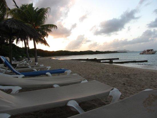 Chenay Bay Beach Resort: View from beach