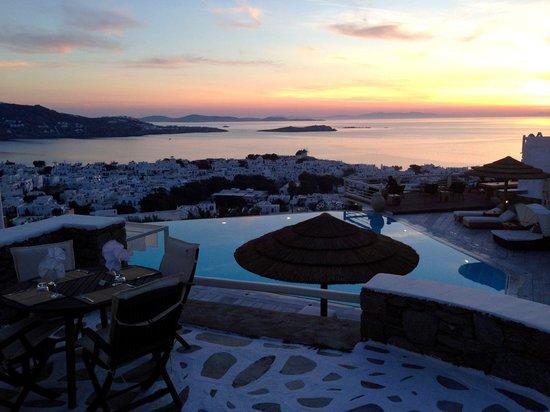 Vencia Hotel: Stunning sunsets