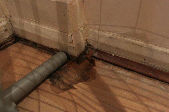 Prince William Hotel: parquet creusé dans la chambre