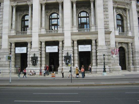 Historic Center of Vienna: Opera