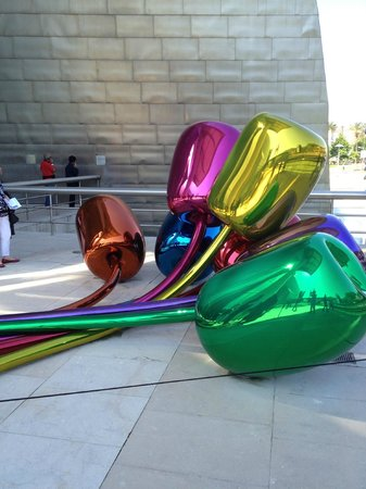 Guggenheim Museum Bilbao: Blumen