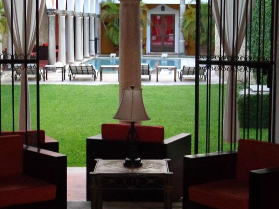 Hotel Hacienda Merida: view from the lobby