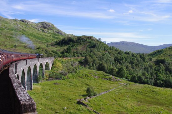Jacobite Steam Train : Glenfinan Viaduct