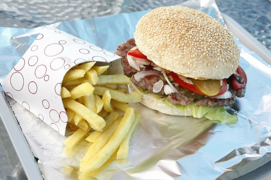 Fast Teks food : TEKS BURGER + KROMPIRČEK