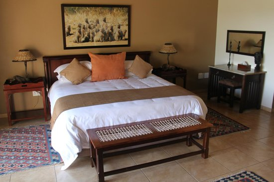 Thaba Khaya Lodge, Sable Ranch: Schlafzimmer Luxury Suite