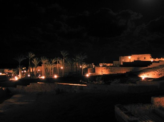 The Oasis: Blick von unserem Zimmer bei Nacht