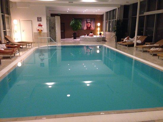 Four Points by Sheraton Bolzano: 7th heaven piscine
