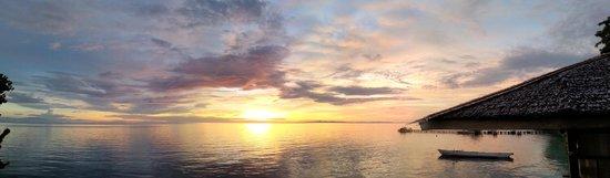 Walea Dive Resort: sunset