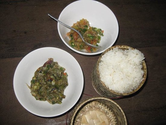 Lao Experiences: sticky rice and different dips