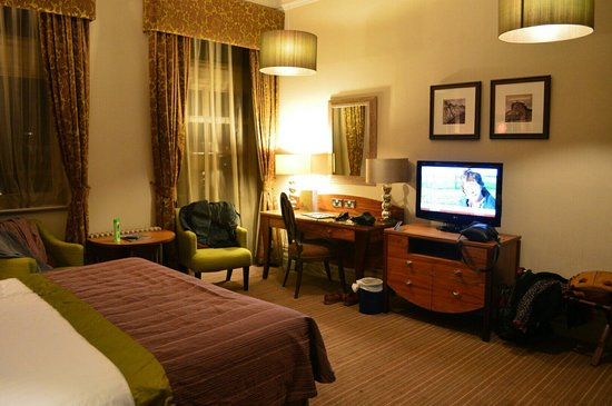 The Majestic Hotel: Premier room