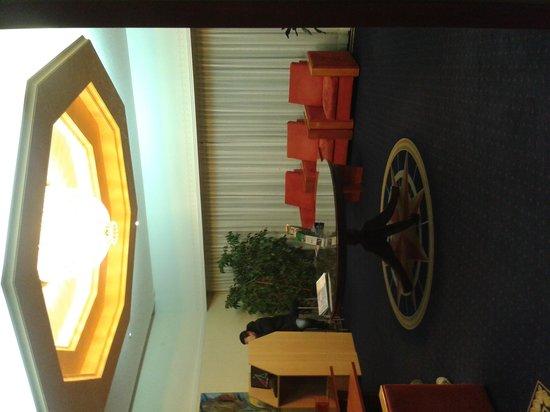 Hotel Pula: la hall dell'hotel