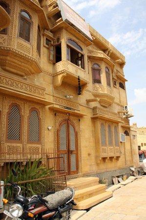 Hotel Shahi Palace: Hotel