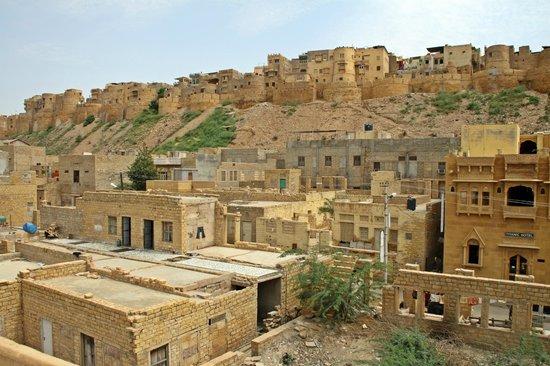 Hotel Shahi Palace: Vistas desde la terraza