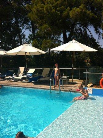 Kontokali Bay Resort and Spa: бассейн