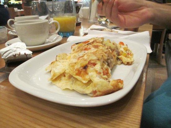 De Vere Horsley Estate: Breakfast