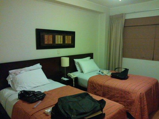 Girasoles Hotel: otra vista de la habitación